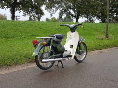 Verkocht! Honda C70 K1 Japans, groen, 8332km, met kenteken