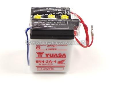 Battery 6 volt 4 ampere, C50, CB50, acid battery, Yuasa, original Honda